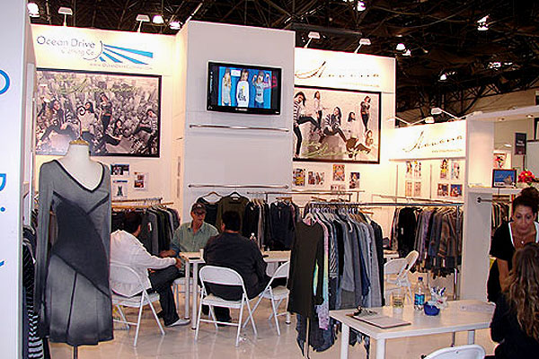 tradeshow booth wall height
