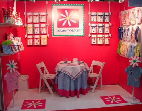 Maisey Mae trade show booth designed by Manny Stone Decorators