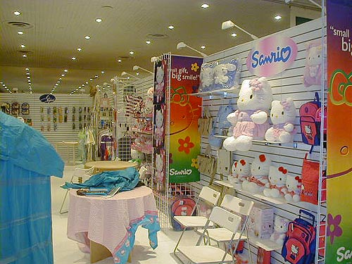 Sanrio trade show display by Manny Stone Decorators