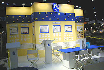 Blue Mug trade show booth by Manny Stone Decorators