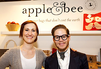 Apple & Bee