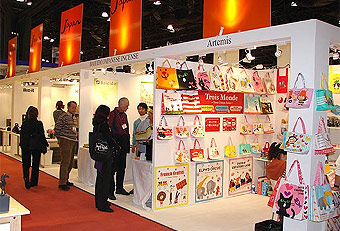 trade show booths designed by Manny Stone Decorators at the Gift Fair